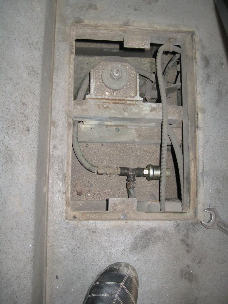 Подключение датчика в разрыв воздуховода пневмоподвески