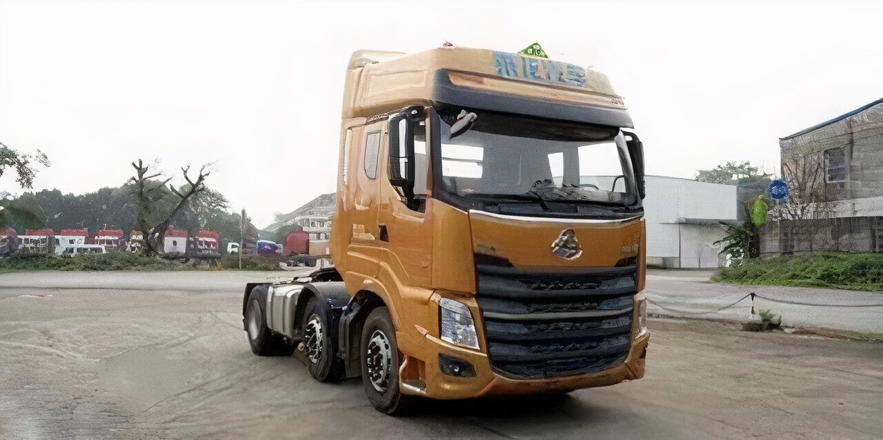 Fuel tank monitoring and GPS-tracking on Chenglong H7 truck